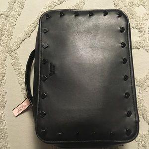 Victoria's Secret Bags - Victoria's Secret Cosmetic Travel Case NWT Hearts